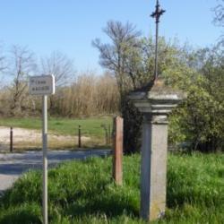 une croix de chemin...élément de notre patrimoine