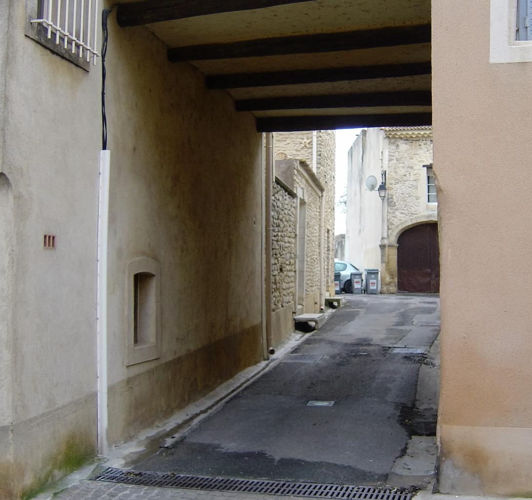 porche rue Herbé