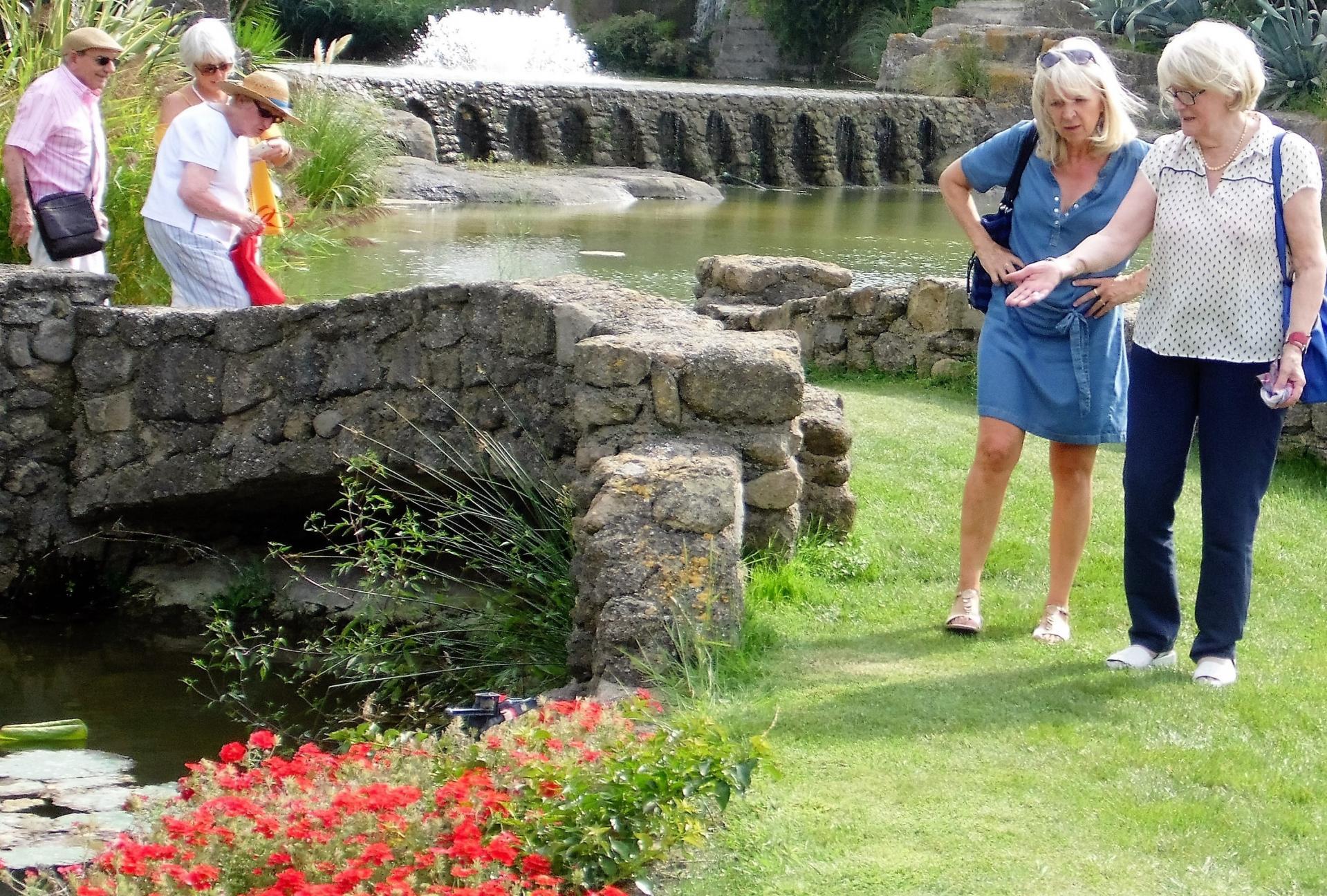visite du jardin de St Adrien